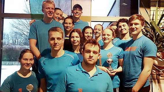 Gold und Bronze: Die beiden SGS-Mannschaften der 8x50-Lagen-Staffel.