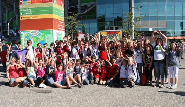 Im_Jahr_2011_Schul-Ass-Kinder_in_Wolfsburg