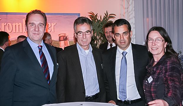 DFB-Generalsekretaer-Helmut-Sandrock-Robin-Dutt