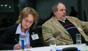 Forum 2: Experte Thomas Lellmann mit Protokollführerin Nicole Wolf.