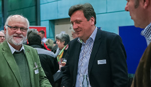 Gedankenaustausch: Georg Olfermann (links) vom TSV Goltern und Wolfgang Grosam vom TV Jahn Leveste.