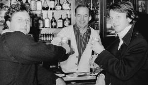 Am Tresen: Heinz Flohe (links) und Frank Steffan (rechts) – ein Bild aus dem Oktober 1985.