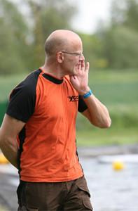 Unterstützung: Anweisungen von Trainer Stefan Suckow