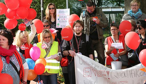 Demonstration und Petition: Kita-Streik in Barsinghausen