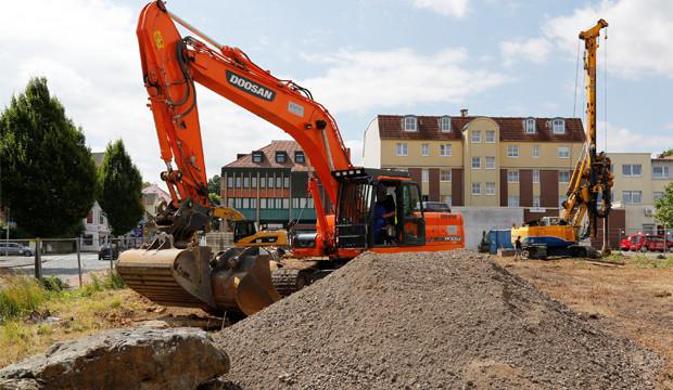 Baubeginn auf dem ehemaligen Kaiserhof-Grundstück