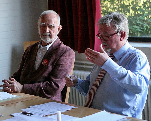 Moderator und Referent: Alt-Bürgermeister Klaus D. Richter und Lothar Brecht (von links). Fotos: Bratke