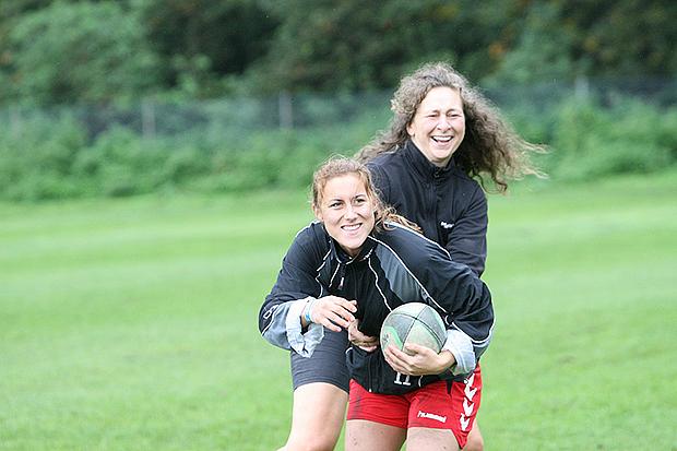 Neu im Angebot: Rugby für Frauen.