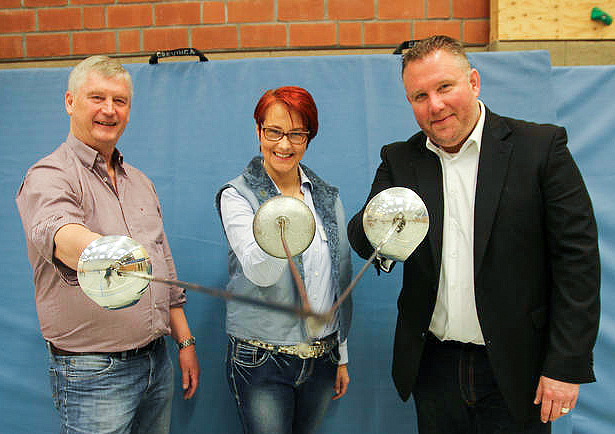 Gemeinsames Ziel: Spaß und gute Laune für die Teilnehmerinnen wünschten Horst Fabisch (TSV Kirchdorf), Dagmar Ernst (RSB Hannover) und Georg Robra (Stadt Barsinghausen, von links). Fotos: Seidel.