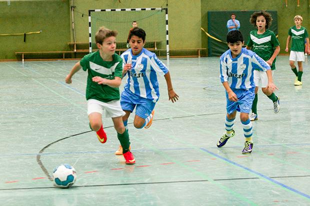 Kicken – immer wieder kicken: Vom 7. November bis zum 6. März läuft die Hallenrunde der Fußballjugend aus der Region Hannover. Archivfoto: Bratke