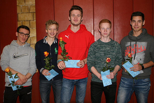 Mannschaft des Jahres: Jörn Kaiser, Konrad Weber, Lennart Boog, Leon Spitzenberg und Denys Kravchenko (von links). Fotos: Bratke