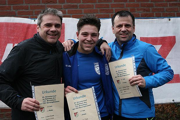 Sieger Mittelstrecke: Leandro Thies (Mitte) gewann vor Michael Busse (links) und Markus Fischer (alle Basche United).