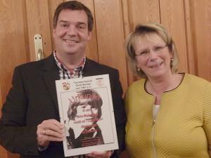 Treue Seele: Seit 40 Jahren gehört Hiltrud Juretzki (rechts) dem TTC Groß Munzel an.