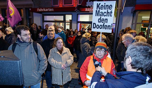 Zeichnete für die Demo verantwortlich: Sybille Bruchmann-Busse vom Bündnis Barsinghausen ist bunt. foto:kasse
