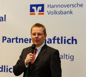 Präsentator: Dirk Heinrich, Regionaldirektor der Hannoverschen Volksbank.