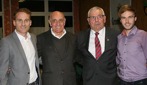 Talkrunde: Protagonisten in Langreder waren Germanias Alt-Kapitän Jan Baßler, 96-Präsident Martin Kind, NFV-Präsident Karl Rothmund und Neu-Kapitän Mirko Dismer (von links).