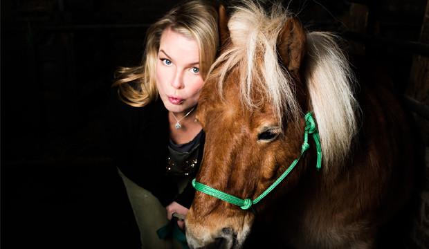 Mirja erklärt, warum das Leben kein Ponyschlecken ist