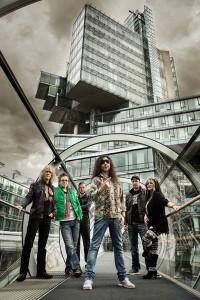 Rocken den ASB Bahnhof: Ossy Pfeiffer und Band. Fotos: Martin Huch