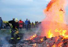 Osterfeuer sind vorerst abgesagt in ganz Niedersachsen. Laut Umweltminister Olaf Lies sollen sie aber zu einem späteren Zeitpunkt - nach der Corona-Krise - nachgeholt werden können.