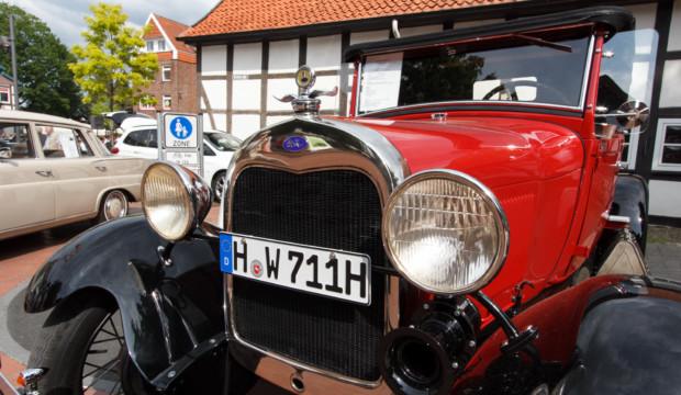 Barsinghäuser Autoschau bietet Familienspaß für alle Sinne