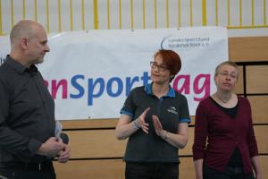 Willkommensworte: Frank Prüße, Dagmar Ernst und Katharina Kühnle (von links) bei der Begrüßung in Lehrte.