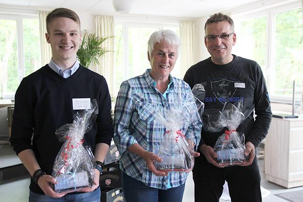 Besonders zielsicher: Beim ersten RSB-Sportstammtisch stellten Luca Triebsch, Jutta Freitag und Rainer Krebs (von links) die Siegermannschaft.