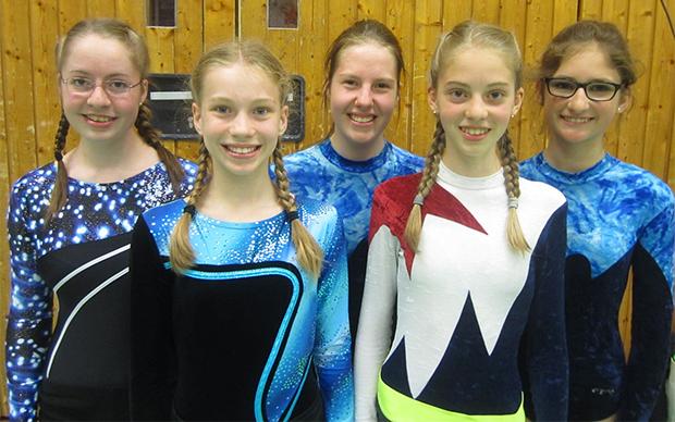 Silberplatz: Lea Albers, Julia Kuper, Isabelle Gereck, Paula Albers und Jule Nährig (von links) sah lediglich die Musterturnschule Hannover vor sich.