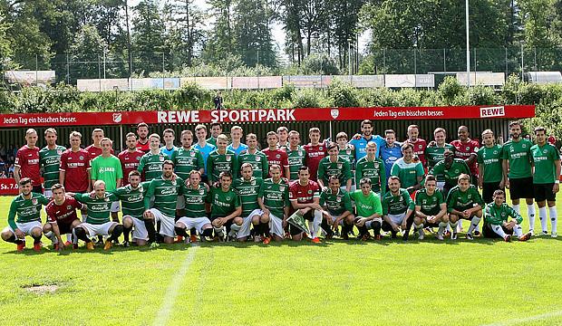 TSV B-Kicker feiern ein Fußballfest im eigenen Wohnzimmer