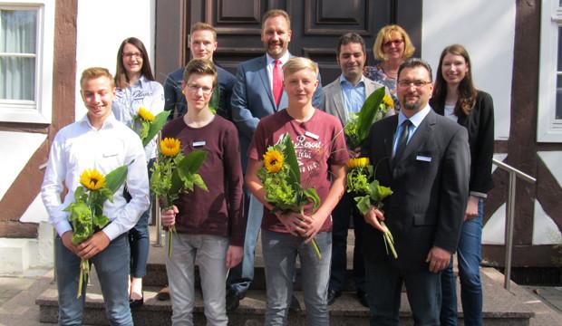 Neue Nachwuchskräfte für die Barsinghäuser Verwaltung
