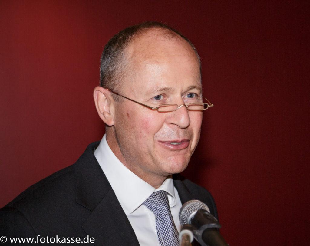 """Sparkassendirektor Reinhard Meyer: """"Wir sind hoch motiviert für die Herausforderungen der Zukunft."""""""