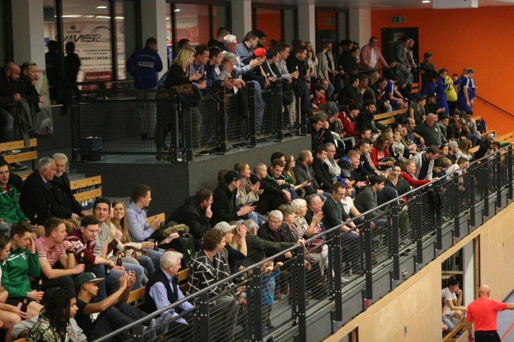 Zuschauergunst: Die Barsinghäuser Glück-Auf-Halle ist seit Jahrzehnten beliebter Treffpunkt am 2. Weihnachtsfeiertag.