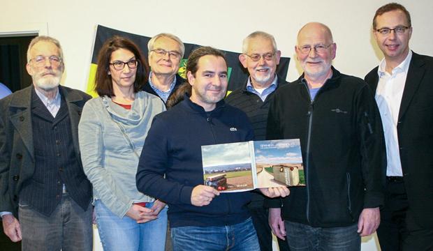 Bei der Präsentation (von links): Kord Buße, Melanie Schäfer, Lothar Kutsch, Gustavo Porro Martinez, Klaus Delto, Eckard Steigerwald und Tobias Fischer. Foto: Bratke
