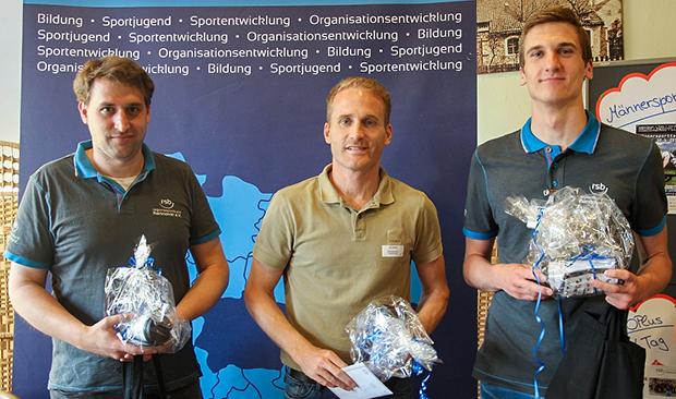 Good Darts: Die Sieger Felix Decker, Jan Baßler und Jan Schinke (von links). Fotos: Seidel