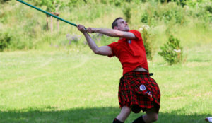 Volle Power: Daniel Stolper gehört zum Favoritenkreis bei den Highland Games.