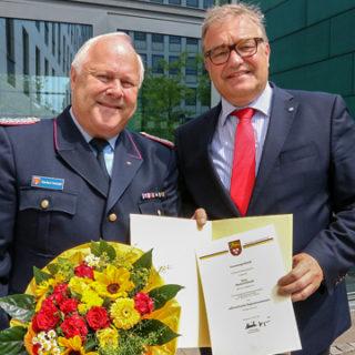 Eberhard Schmidt wird stellvertretender Regionsbrandmeister
