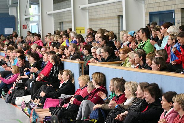 Ausgebucht: Großer Andrang in der SCL-Sporthalle beim 12. Frauensporttag des RSB. Fotos: Bratke