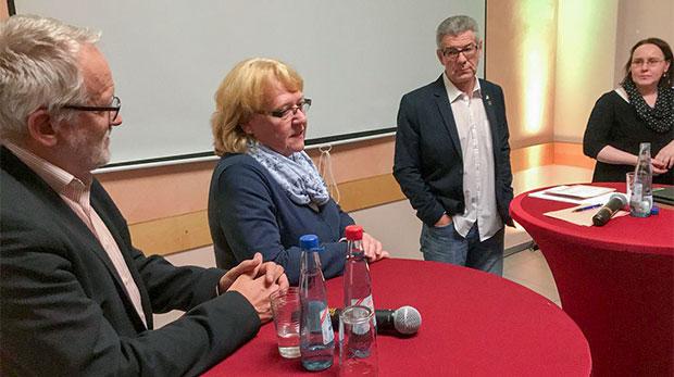 Impulsvortrag: Michaela Henjes (Zweite von links) vermittelte anschaulich die Sportförderung der Stadt Langenhagen, wo sie ehrenamtlich als Vorsitzende des dortigen Sportrings tätig ist.