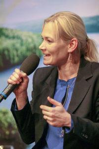 Charmant: Welt-Schiedsrichterin Bibiana Steinhaus warb eindringlich für das Schiedsrichterwesen und erzählte offen über ihre Erlebnisse.