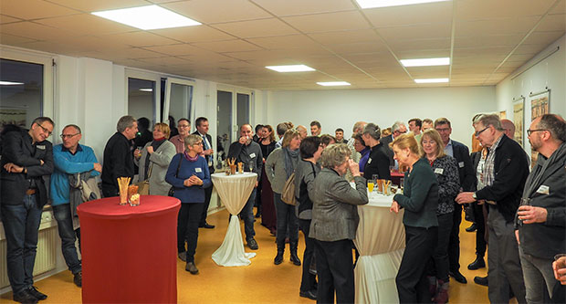 Gut besucht: Rund 100 Gäste kamen zur offiziellen Einweihung des neuen Futura-Domizils in der Spichernstraße 11 B in Hannover.