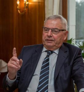 Mag keine Schulden: NFV-Ehrenpräsident Karl Rothmund.
