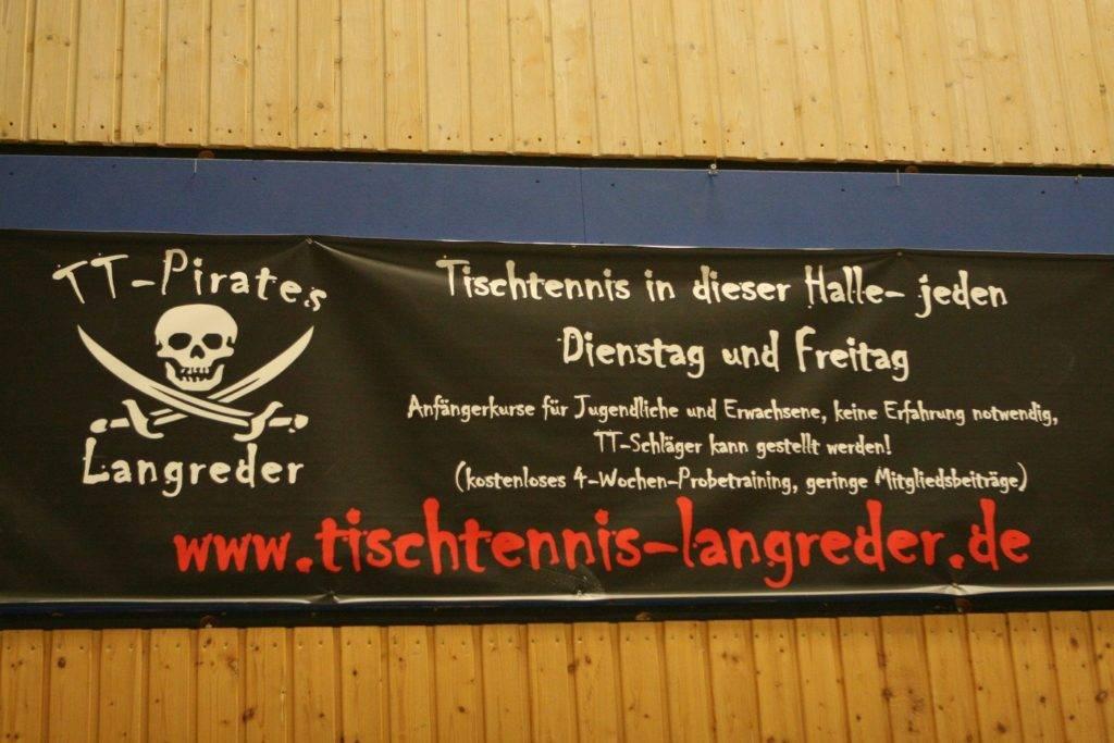 Vereinswerbung: Aktuell bieten die TT-Pirates kostenlose Schnupperkurse für Schüler an. Nähere Infos sowie Voranmeldungen per Mail an info@tischtennis-langreder.de. Fotos: Bratke/privat