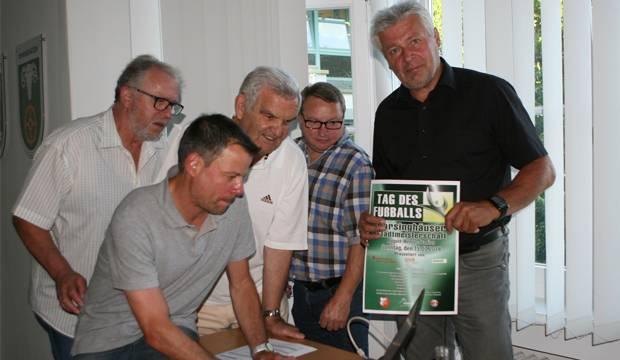 Planungsgruppe: Der Arbeitskreis und der TSV Bantorf organisieren die Titelkämpfe 2018 – von links: Karl-Wilhelm Friedrich, Helge Kristeleit, Fritz Hoppe, Uwe Krenzel und Rainer Andrich.