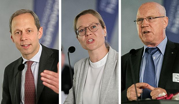 Doppelpässe: Dr. Hendrik Hoppenstedt, Vera Wucherpfennig und Prof. Dr. Wolf-Rüdiger Umbach (von links).