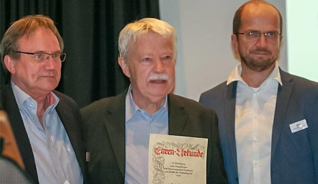 Gründungskreistag: Hannovers Fußball wieder Hand in Hand