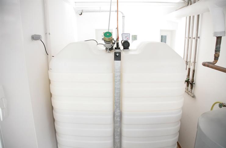 Die neuen Fuels sollen künftig dem Heizöl im Tank ganz einfach beigemischt werden und es später ganz ersetzen. Foto: IWO
