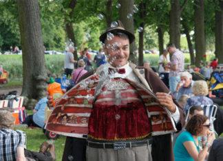 Kleines Fest im Großen Garten: Willkommen bei Hannovers Kultfest. Foto:: Hassan Mahramzadeh
