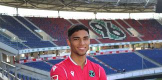 Profivertrag unterschrieben: Hannover 96 bindet Simon Stehle langfristig.